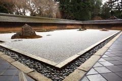 庭院日本ji ryoan寺庙 库存图片