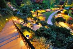 庭院晚上夏天 免版税库存照片