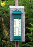 庭院温度计 库存图片