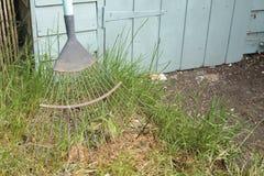 庭院犁耙 库存照片