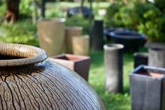 庭院罐 免版税图库摄影