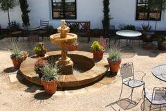 庭院西班牙语星期天 免版税库存照片