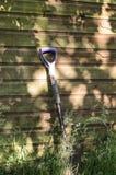 庭院锹在天结束时 免版税图库摄影