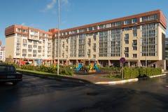 庭院 现代的结构 假定大教堂dmitrov克里姆林宫莫斯科明信片区域俄国冬天 免版税图库摄影