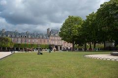 庭院巴黎 免版税库存图片