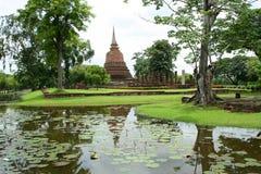 庭院sukothai寺庙泰国禅宗 库存照片