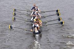 康乃尔大学在查尔斯赛船会人的主要EightsMichigan头赛跑  库存照片