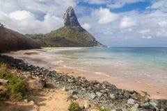 康塞桑海滩费尔南多・迪诺罗尼亚群岛海岛 免版税库存图片