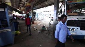 康提的汽车站在斯里兰卡 股票录像