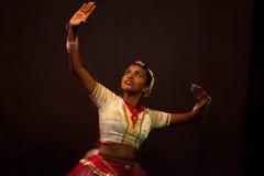 斯里兰卡的女性舞蹈家 免版税库存照片