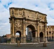 康斯坦丁曲拱是凯旋门在罗马 免版税图库摄影