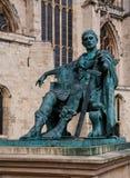 康斯坦丁皇帝雕象 免版税库存照片