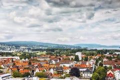 康斯坦茨市全景从芒斯特的 亚丁乌特姆博格地区 德国 库存图片