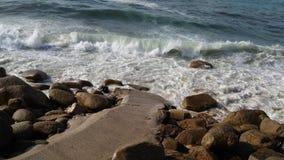 康沃尔郡海岸,海景在晴天 免版税库存照片