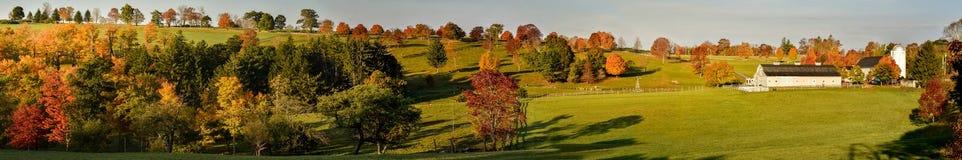 康涅狄格农场全景秋天的 库存照片