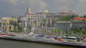 建立哈瓦那古巴地平线的射击大角度移动式摄影车 股票视频