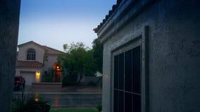 建立射击亚利桑那邻里在季风季节 股票视频