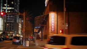 建立酒吧/餐馆的射击夜在街市奥斯汀 股票录像