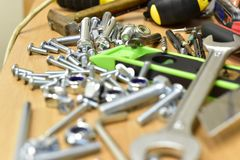 建筑和工具在桌上 库存照片