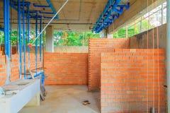 建筑大厦开发安置内部安装管子 库存照片