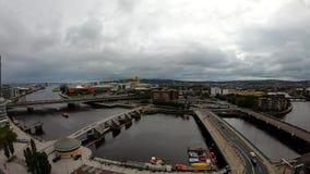 建筑学和大厦贝尔法斯特,北爱尔兰鸟瞰图  在城市的看法从上面 股票录像