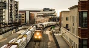 建筑学和火车围场在丹佛 免版税库存照片
