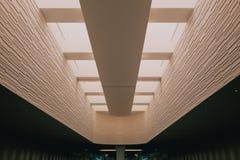 建筑学在机场 免版税库存图片
