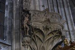 建筑学的元素是圣斯蒂芬教会在维也纳在奥地利 免版税图库摄影
