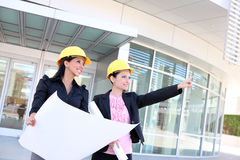 建筑小组妇女 免版税库存照片