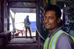 建筑工人放松 免版税图库摄影
