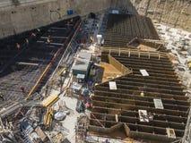建筑工地,Unipol小组总部的基础,托尔Unipol,新的摩天大楼在米兰,伦巴第,意大利 库存照片