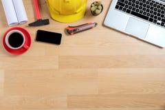 建筑师书桌项目在建造场所 库存图片