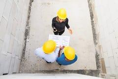 建筑师和工作者建造场所的 库存图片