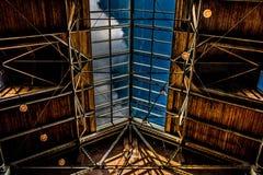建筑开放天花板和天窗 免版税图库摄影