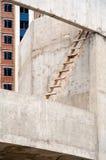 建筑木梯子的站点 免版税库存图片