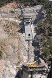 建筑水坝新的溢洪道 图库摄影