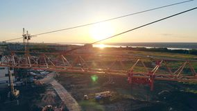 建筑用起重机在站点,建立新房鸟瞰图 影视素材