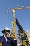 建筑用起重机工程师 免版税库存图片