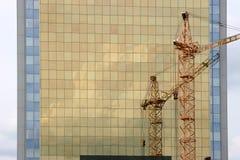 建筑用起重机 库存照片