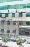 建筑的工作者管子配件的 免版税库存图片