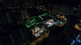 建筑的看法从高度的在晚上 股票录像
