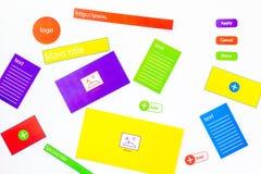 开发的互联网网站 网站设计观念 元素,块,仪器,工具为在白色背景做站点 免版税图库摄影