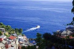 离开口岸的意大利渡轮 免版税库存照片