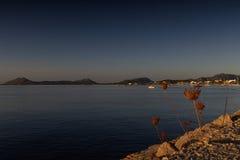 开始对在黎明之后的海 免版税库存照片