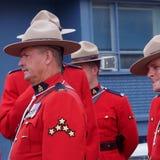 开始的RCMP等待的游行 库存图片