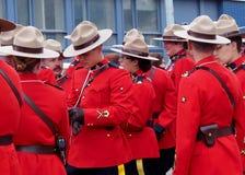 开始的RCMP等待的游行 免版税图库摄影