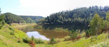 开始Sârghe的河的全景 免版税库存照片