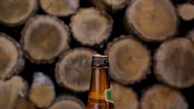 开张啤酒瓶 Slo mo 股票录像