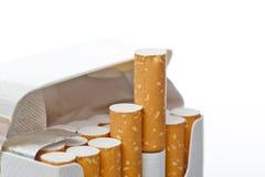 开张香烟 免版税库存图片