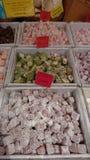 开心果调味的土耳其快乐糖 免版税库存照片